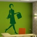 Naklejka dekoracyjna Kobieta z zakupami M11